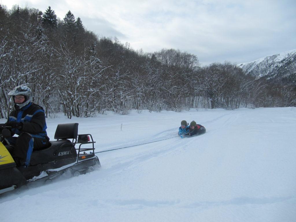 Kjøring med snøskuter